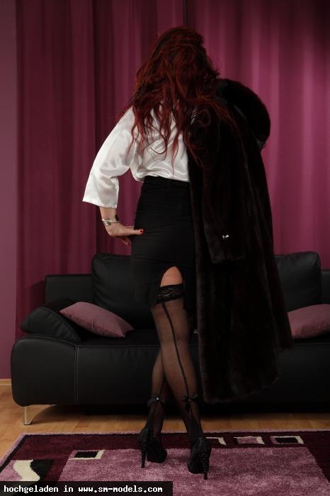 Bizarrhexe_Ashley_Stone (Model ,Weiblich ,PLZ 47608) Elegant und Verrucht - Bild 7929 - SM-Models.COM