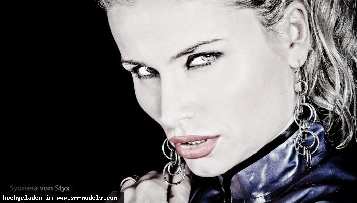 Syonera_von_Styx (Model ,Weiblich ,PLZ 01139) SvS - Bild 6928 - SM-Models.COM