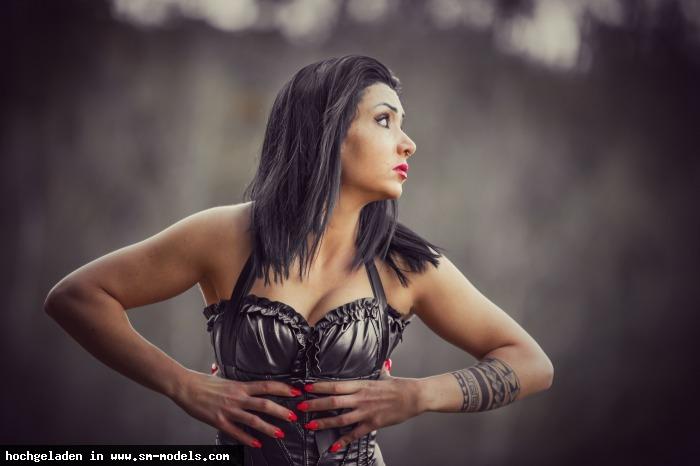 DamianaDivine (Model ,Weiblich ,PLZ 8400 - Schweiz) Miss Rebell Fleur - Bild 16697 - SM-Models.COM