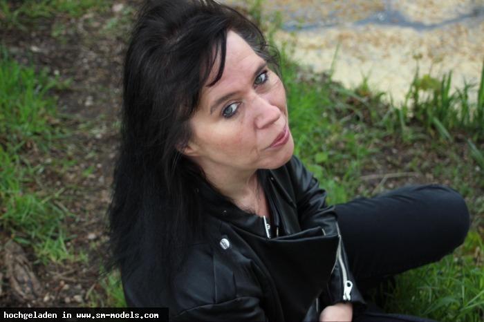 blackangelin (Model ,Weiblich ,PLZ 853) Meine ersten Outdoor-Bilder - Bild 13324 - SM-Models.COM