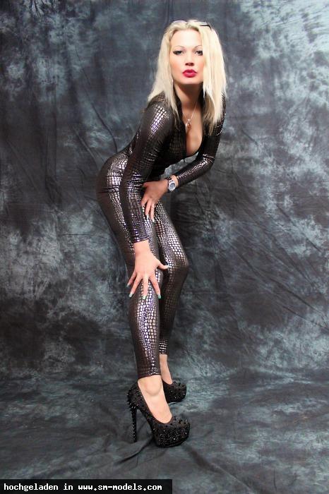 LadyJessy (Model ,Weiblich ,PLZ 22525) By Studio Darkside - Bild 8565 - SM-Models.COM