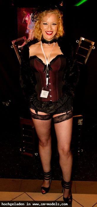 Danielle (Model ,Weiblich ,PLZ 491) Öffentlich - Bild 11598 - SM-Models.COM